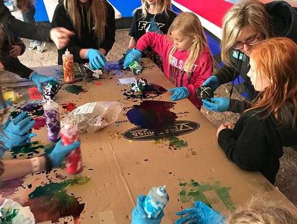 TIE DYING AND WORCS KIDS MAKES A GREAT COMBINATION!