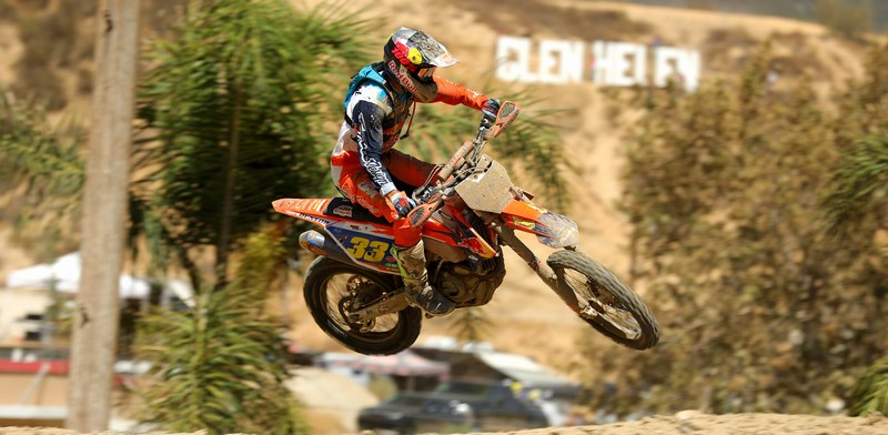 2018-07-taylor-robert-palm-trees-bike-worcs-racing