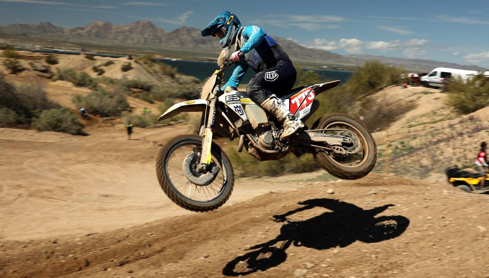 2019-03-austin-walton-jump-bike-worcs-racing