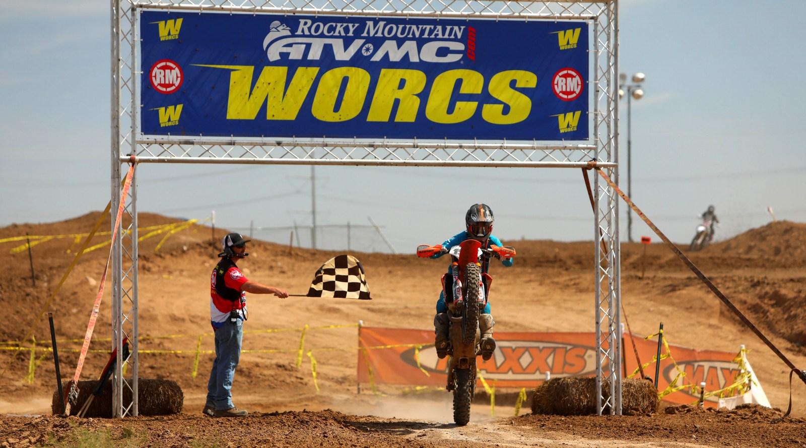 2019-04-brandy-richards-finish-worcs-racing
