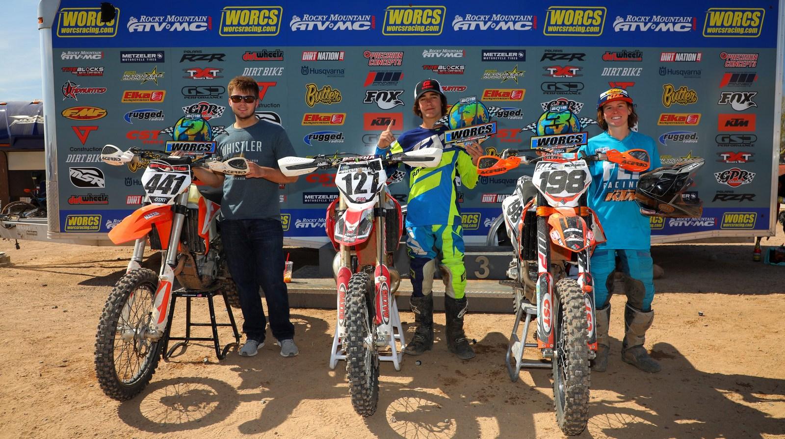 2019-04-podium-pro-lights-bike-worcs-racing