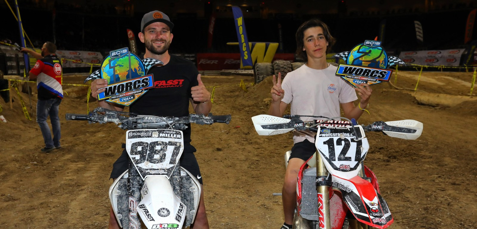 2019-05-podium-pro2-lights-bike-worcs-racing