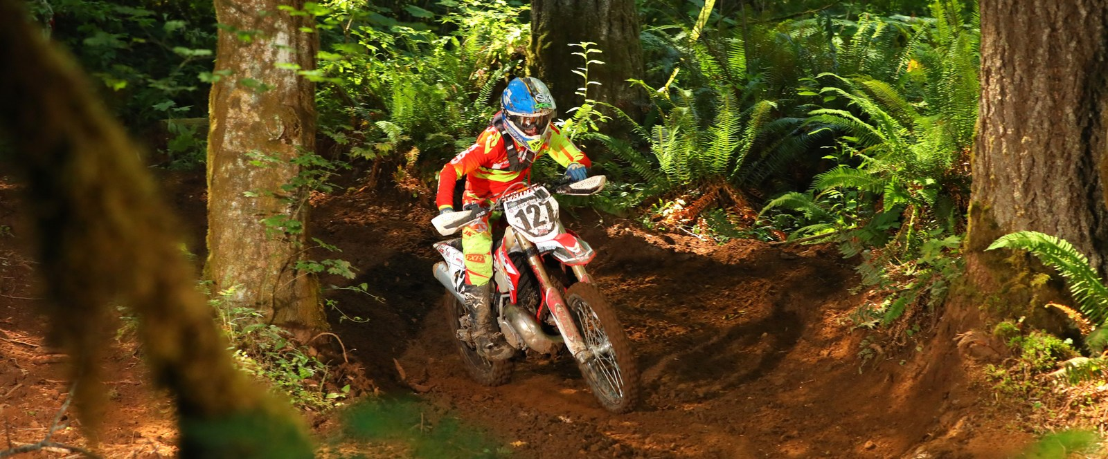 2019-08-mateo-oliveria-bike-worcs-racing